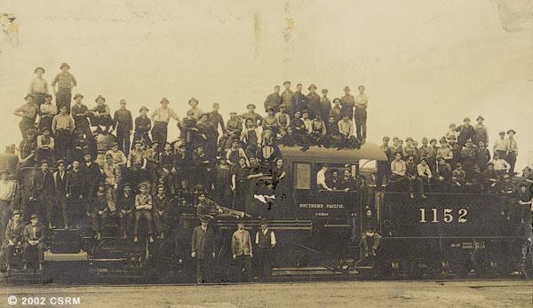 [Group portrait of Southern Pacific Railroad Sacramento Shops employees]